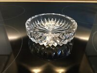 Crystal glass ash tray