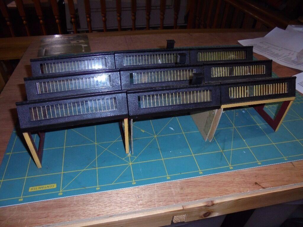 Mini Lot 60 Model Railway Tri Ang Hornby Buildings Kits Oo