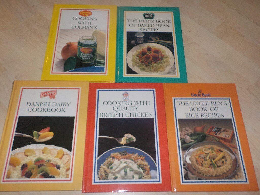 5 Hard Backed Cooking Books in Good Condition - Collect PE27