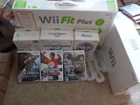 ** Ideal family xmas present** Nintendo Wii with balance board and loads of extras