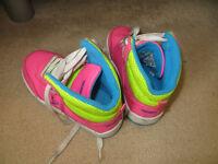 Girls heeleys size 12