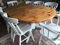 8 Chairs 2 Carvers Table