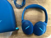 BOSE Soundtrue II Around ear Headphones - O.N.O
