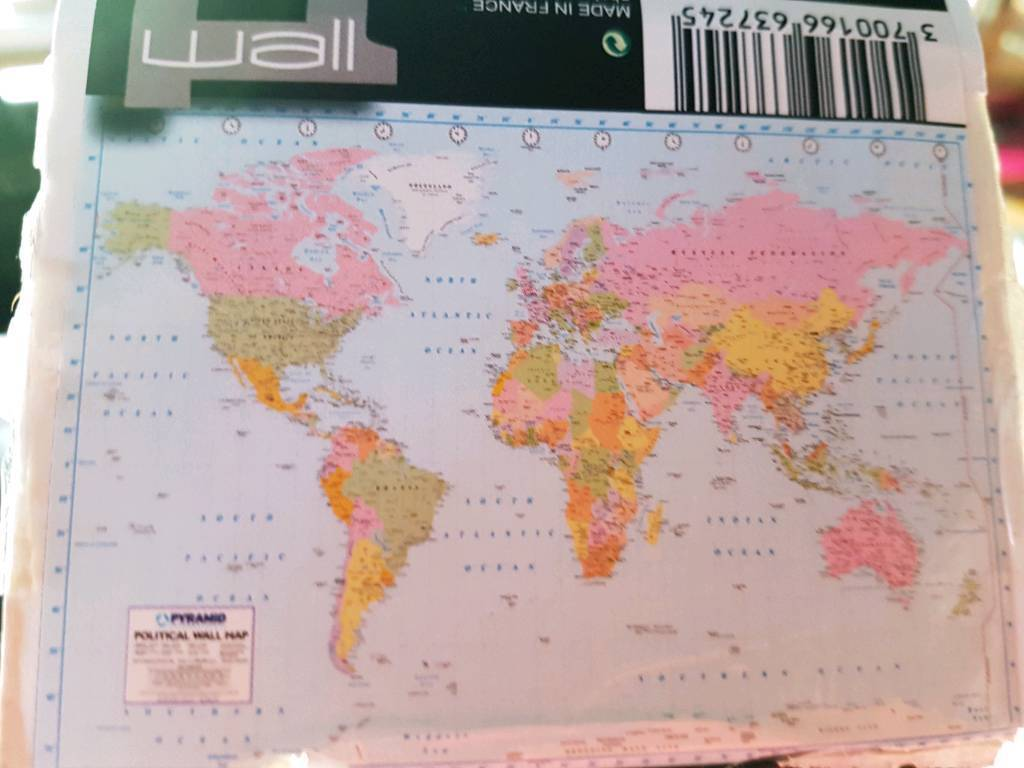 Wallpaper Mural World Map In Perth Perth And Kinross Gumtree - Perth world map