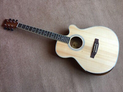 NEW NATURAL, WILD BOAR PACK, ACOUSTIC CUTAWAY GUITAR WITH CAPO & TUNER, RRP £265