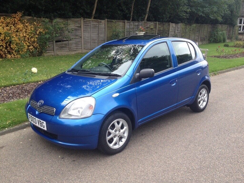 Toyota Yaris 1.3 AUTOMATIC, 5 Door, only 72,000 miles FULL SERVICE HISTORY LONG MOT
