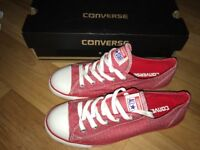 Brand new pink converse trainers Size5.5