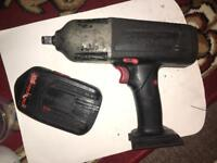 Snap on impact gun and battery