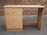 Hyena Oakwood Office Desk Table With Three Draws And 4-Leg Stool - £18 o.v.n.o