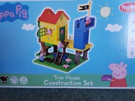 Peppa pig treehouse construction set.