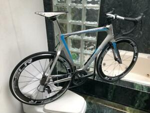 BRAND NEW (SIZE 56cm) GIANT PROPEL CARBON AERO ROAD BIKE - ULTEGRA