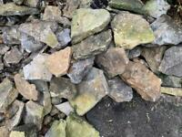 Free Cotswold stone from dry wall
