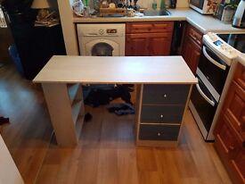 Desk for Sale £25