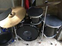 Mapex Tornado 5 piece drum kit