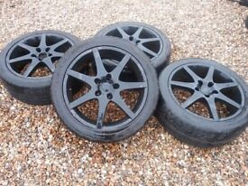 X4 Black alloy low profile wheels and tyres in good condition £110