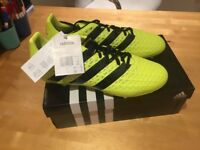 Football boots men size 9