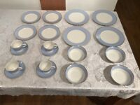 Royal Doulton 20 Piece Dinner Set