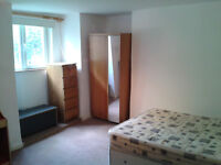 *All bills inc* 1 Bed Flat Available 12th September, Near Leeds Uni: 46A Mellville Place, LS6 2LZ