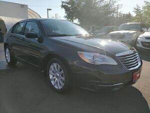 2013 Chrysler 200 LX Automatic **LOW MILEAGE SPECIAL**