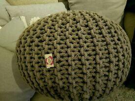 Charcoal knitted pouffe