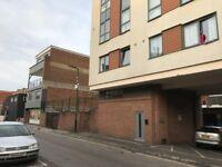 1 Bed Maisonette Mede House Salisbury Street ** Available Now **