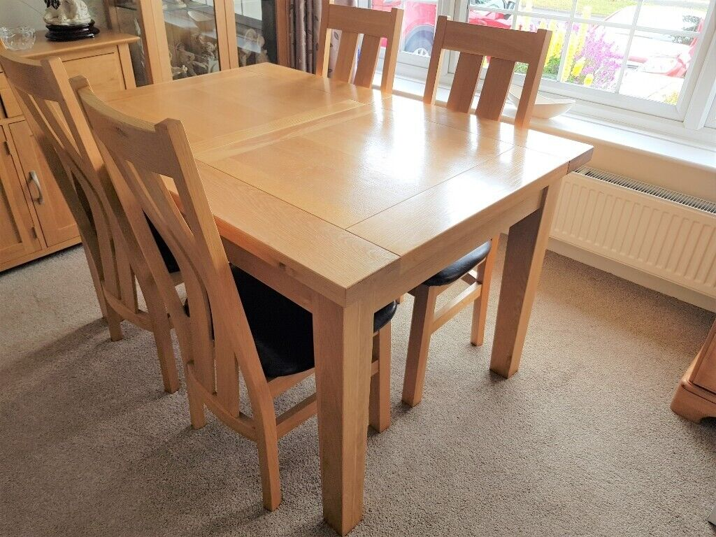 Tremendous Solid Oak Dining Room Suite Extending Table 4 Chairs In Christchurch Dorset Gumtree Interior Design Ideas Gresisoteloinfo