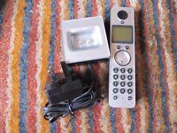 Motorola LIVN D712 cordless phone charger