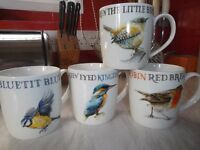 Set of 4 Bird Mugs - New