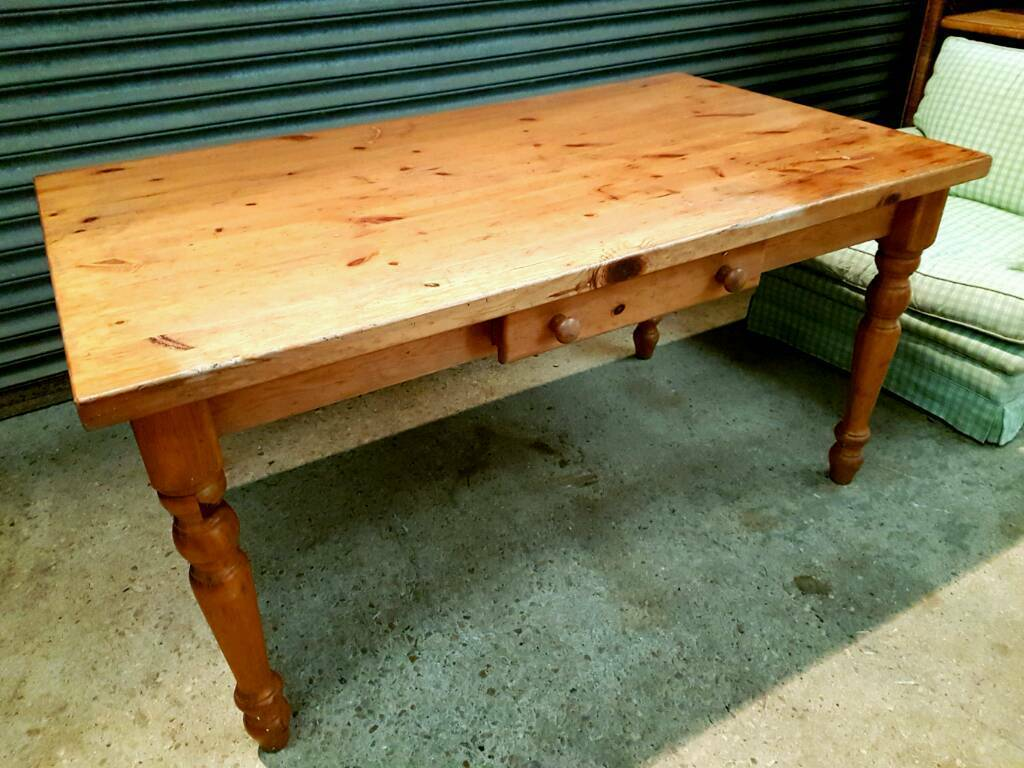 Pine Farmhouse Kitchen Table Solid Chunky Pine Farmhouse Kitchen Table In Abingdon