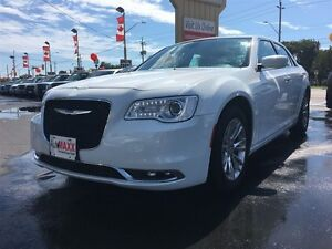2015 CHRYSLER 300 Touring- SUNROOF, HEATED SEATS, REAR VIEW CAME