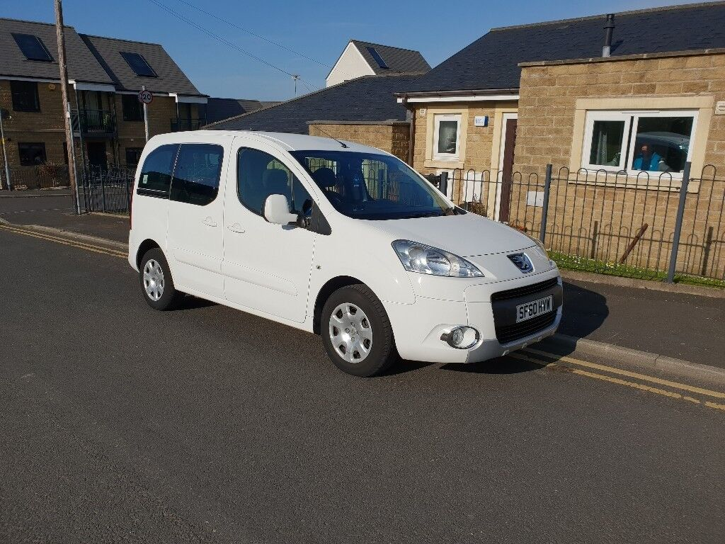 3a05e7ac0d Peugeot Partner Tepee S 1.6 HDI Allied Wheelchair Access Mobility Vehicle  For Sale