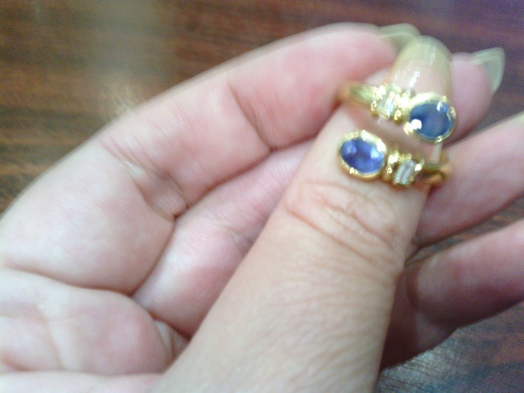 Beautiful hand made unusual modern sapphire and diamond 18ct gold ...
