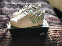 DC shoes size 8