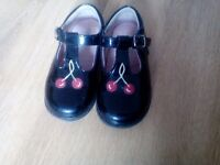 Girls startrite shoes 51\2 G