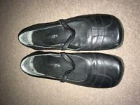 Size 4 Black flat shoes