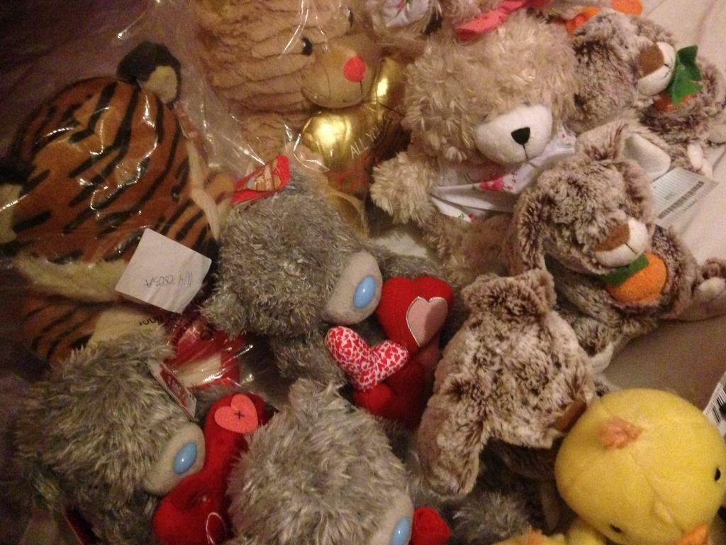 Brand New Clintons Genuine Me To You Bears And More Teddy Bears