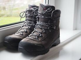 Mammut/Raichle Trovat Advanced High GTX Walking Boots Men's Vitually New Goretex Size 12 UK