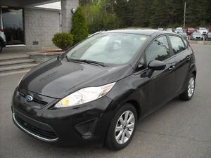 2011 Ford Fiesta SE  A/C, MAGS