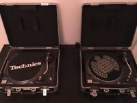 Technics Quartz SL-1210MK2 direct drive turntable system