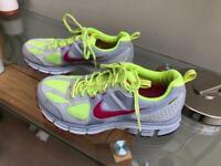 Nike Pegasus 27 Trail Women's Running Trainers Size 4/37.5
