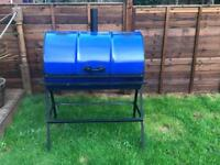 Oil drum barbecue / smoker
