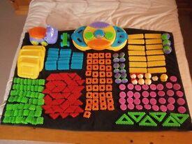 Clipo Creativity Table/Hippo/Car & Huge Bundle Of Bricks by Playskool