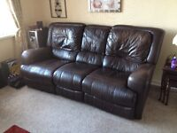 3 seater + 1 chair leather electric recliners.