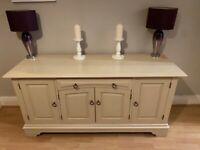 Beautiful cream cabinet with drawer - excellent condition