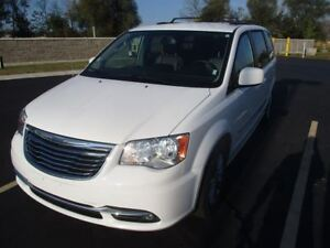 2016 Chrysler Town & Country TOURING 7-PASS! LEATHER! DUAL DVD!