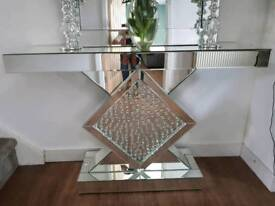 Beautiful mirrored console/dressing table