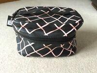 Primark black & pink vanity case / make up toiletries holder bag new with tag