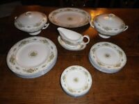 Wedgwood English bone china dinner 6 place service in pattern Petersham R4536