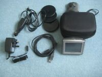 Tom Tom 1 Sat Nav. Kit with all charging and mounting options