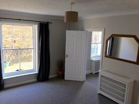Beautiful 1 Bedroom Flat to rent in Central Arundel with Patio Garden available immediately